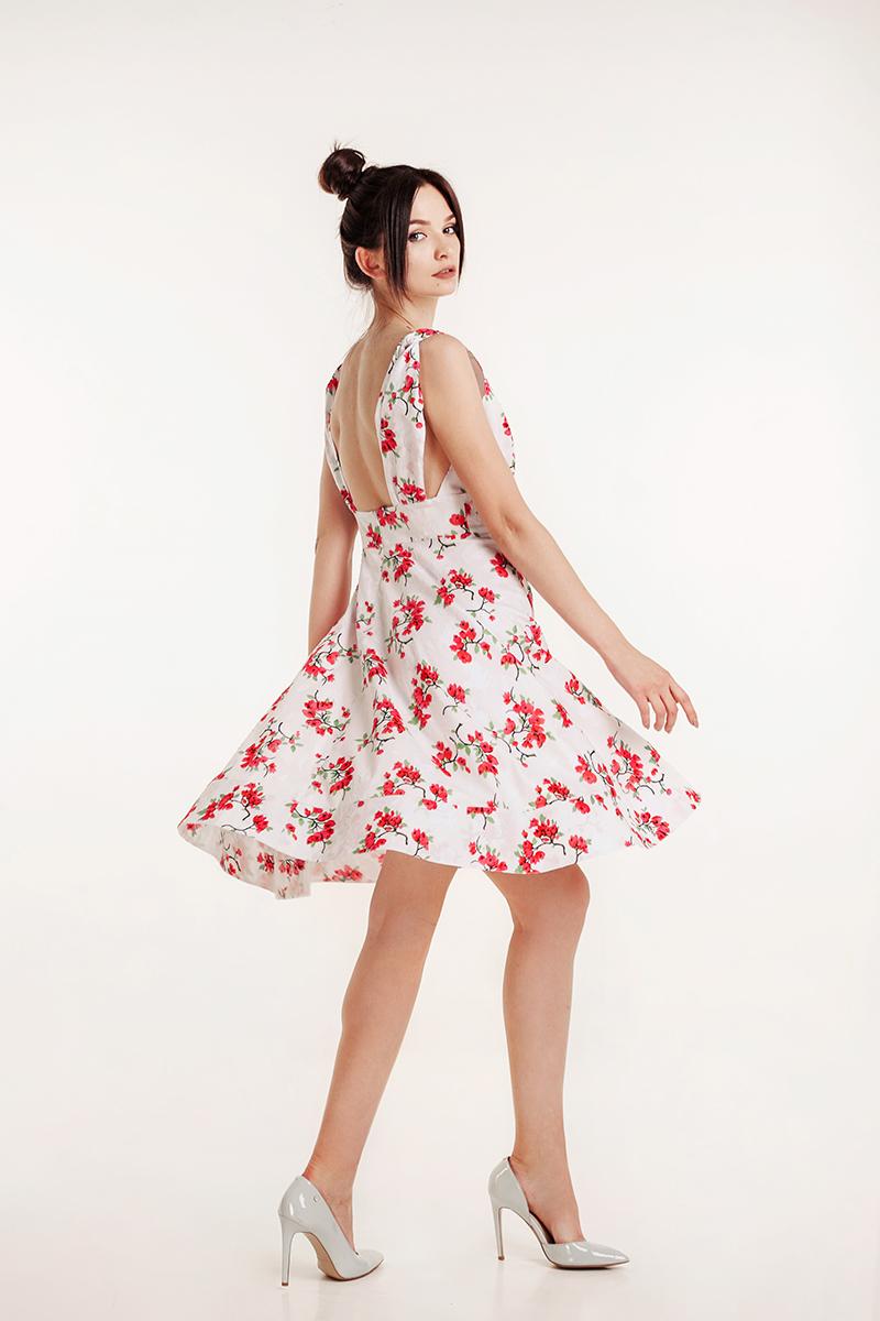платье с открытой с пеной